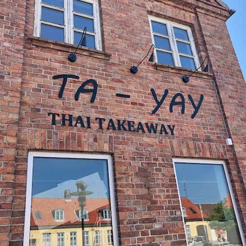 Restaurant skilte med facadebogstaver