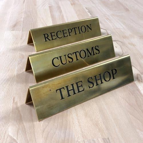 Hotel og butik reception skilte