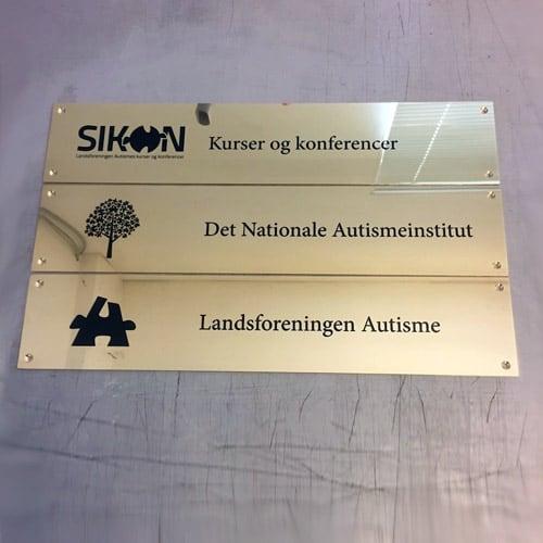 Messing navneskilte til kontor